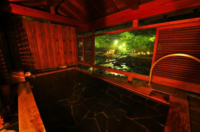 低張性アルカリ高温泉02